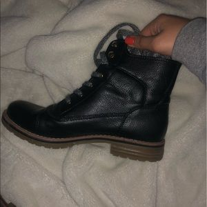 Tommy Combat boots